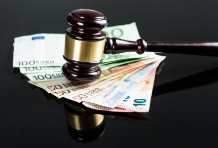 assicurazione-professionale-per-avvocato_800x533
